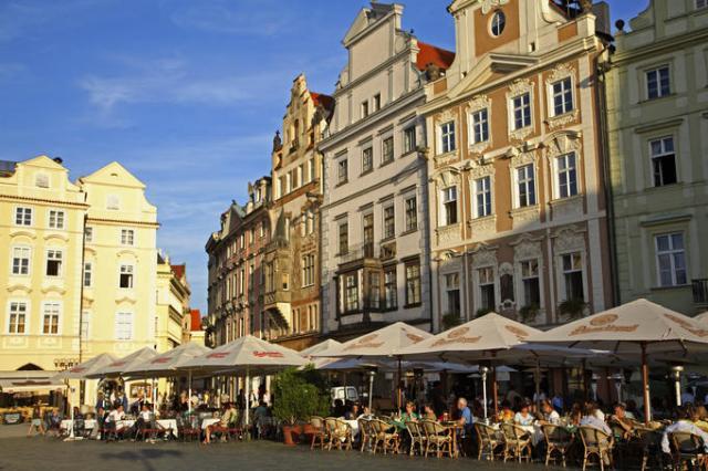 Stare Maestro Town Square